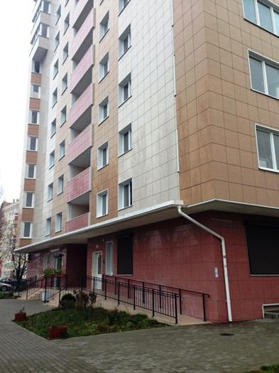 Дом Калининград, Каштановая аллея улица, 169