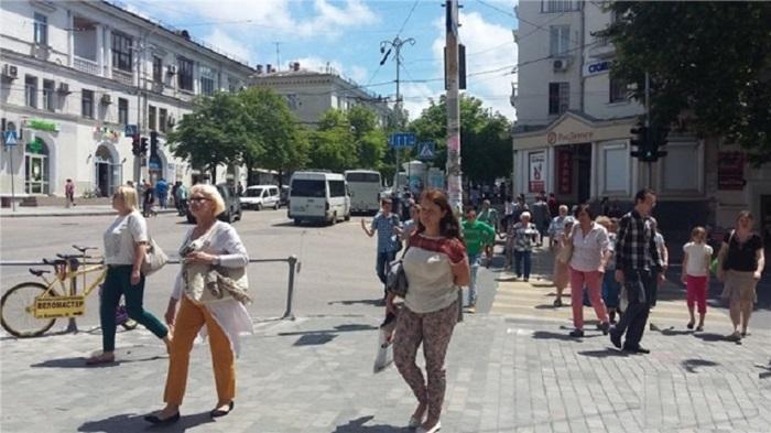 Retail в аренду по адресу Россия, Крым Респ, Севастополь, Адмирала Октябрьского улица