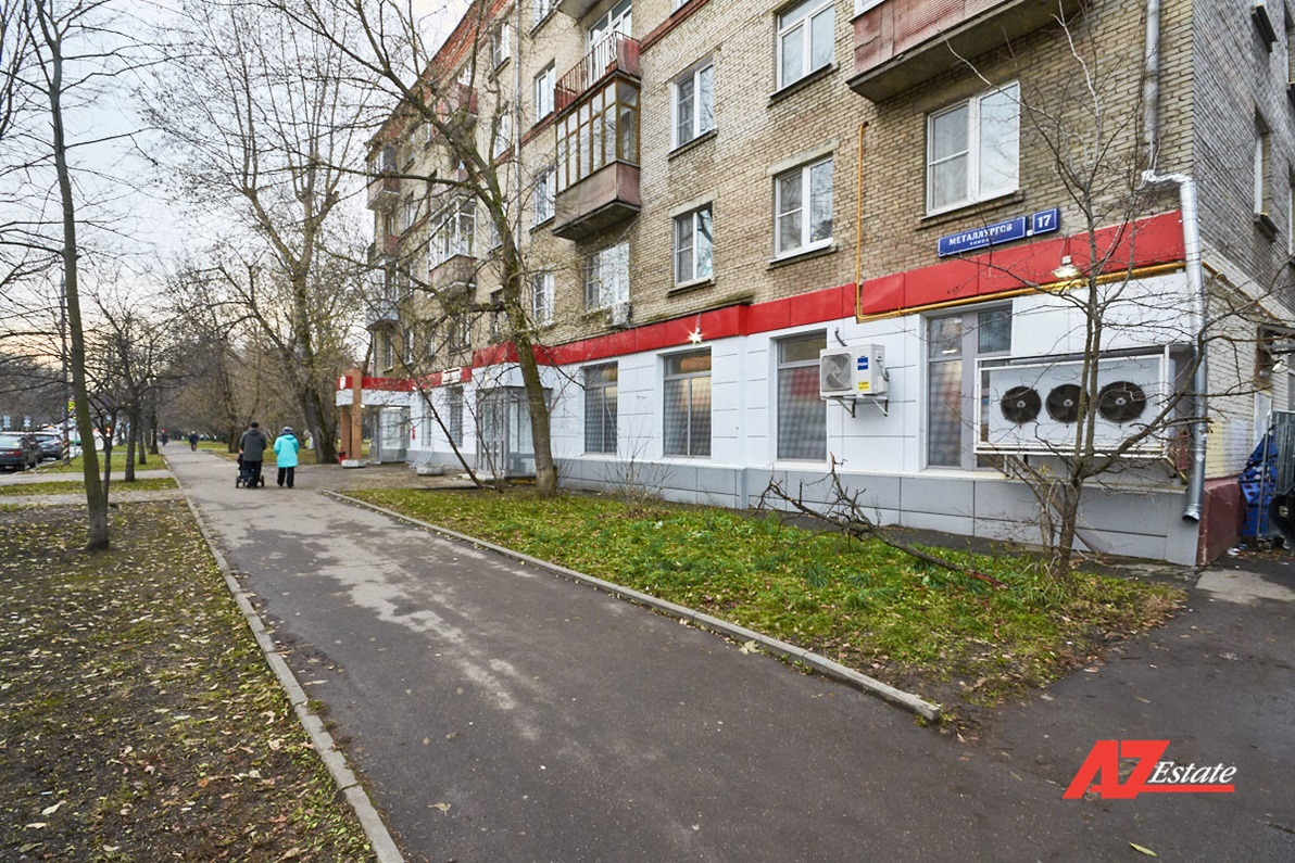 Продажа магазина 323,8 на ул. Металлургов д. 17 - фото 1