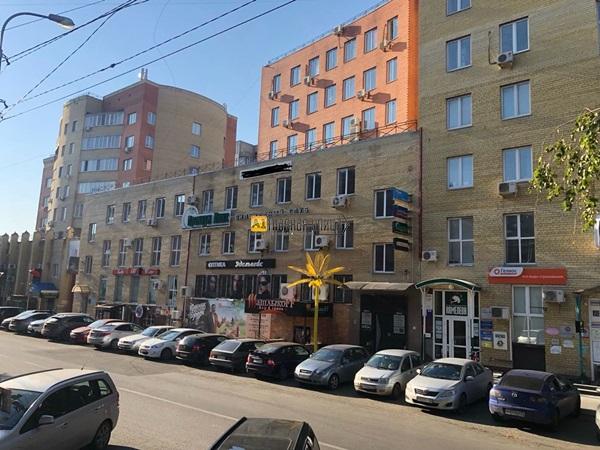 Продается торговое помещение по адресу Володарскоро 14