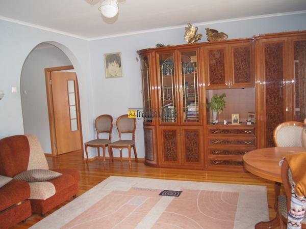 Продается 4х комнатная Квартира по адресу Семакова 21
