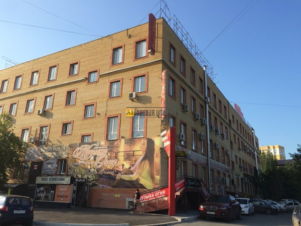 Продам помещение свободного назначения ул. Комсомольская 57