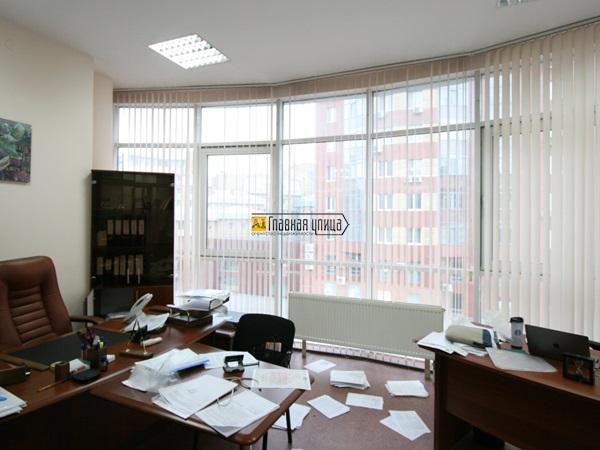 Офис по адресу Советская 55/8 площадью 119 кв.м. на 3 этаже