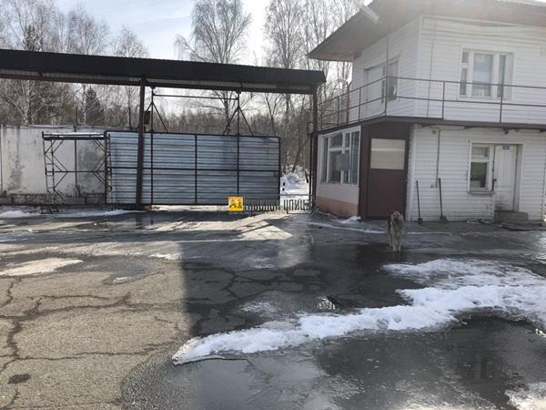 Промышленная база по адресу Черняховского-Оренбургская