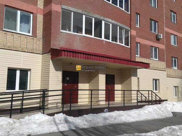 Торговое помещение 96 кв.м. с отдельным входом