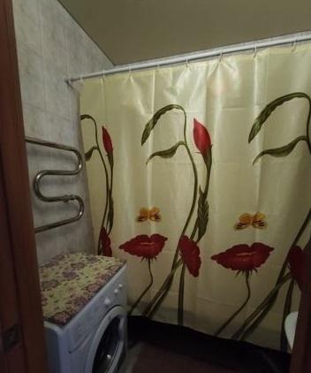Продам 2-комн. квартиру по адресу Россия, Ростовская область, Батайск, Кулагина улица, 12 фото 1 по выгодной цене
