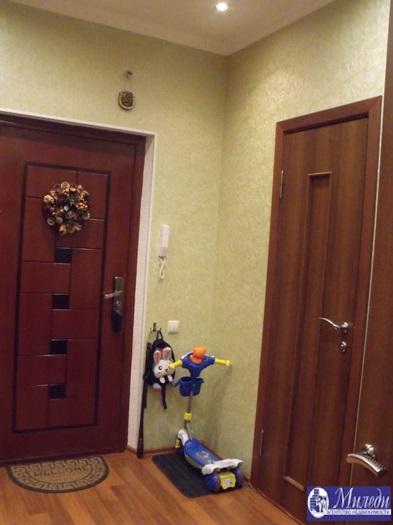 Продам 1-комн. квартиру по адресу Россия, Ростовская область, Батайск, Речная улица, 1005 фото 2 по выгодной цене