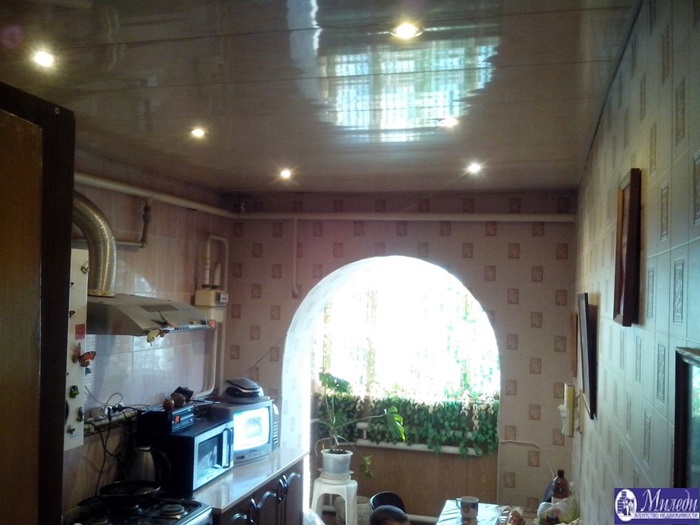 Продам 2-комн. квартиру по адресу Россия, Ростовская область, Батайск, грузинская улица, 1005 фото 3 по выгодной цене