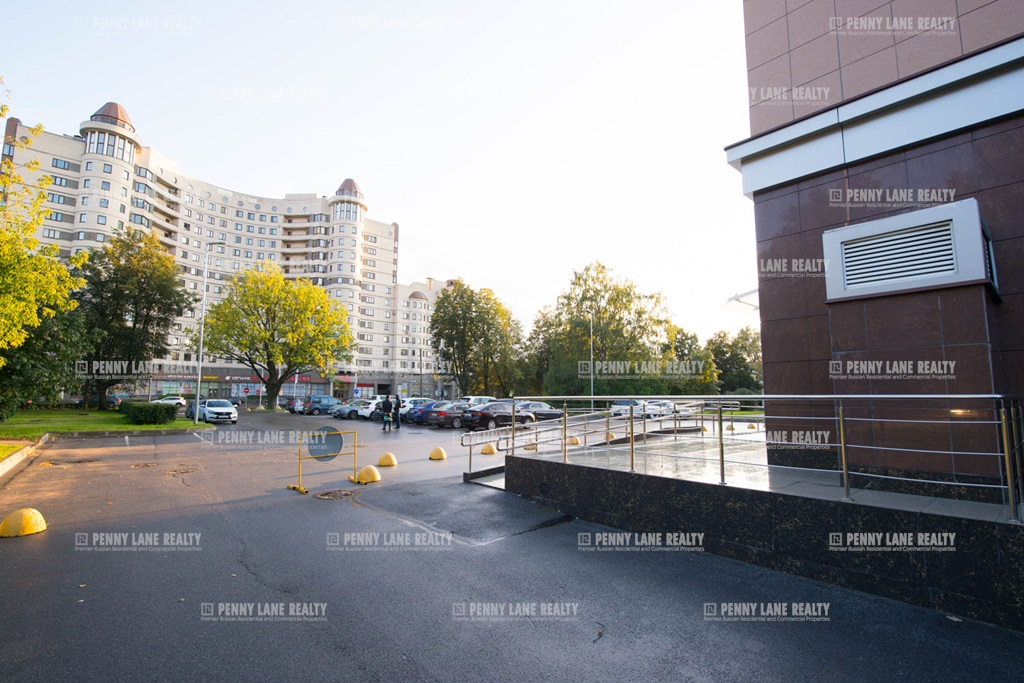 Аренда помещения 800 кв.м. Приморский ул. Савушкина, 21 - фотография №4