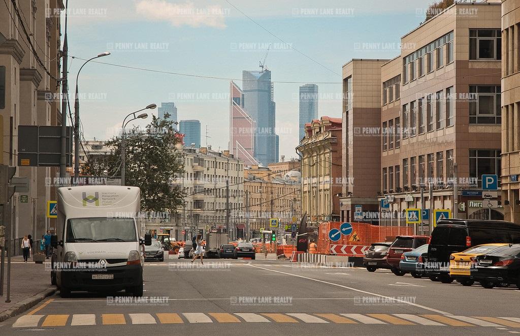 площадь Тверская Застава - на retail.realtor.ru