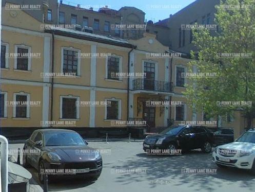 Закрытая продажа здания 1050 кв.м  ЦАО