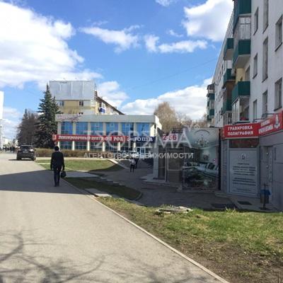 ул. 50-летия Октября, д.26, продажа торгового помещения 147 кв.м.