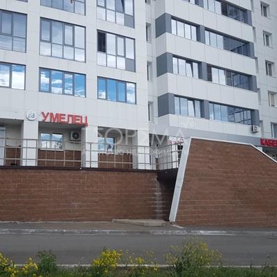 Торговое помещение по адресу ул. Комарова, д.8