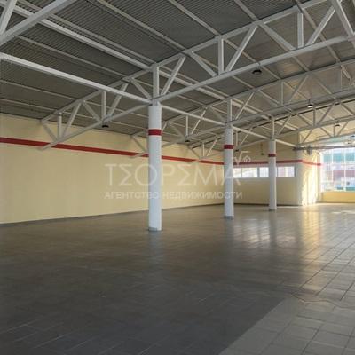Торговое помещение 1473 м2 в ТЦ Зел. Роща