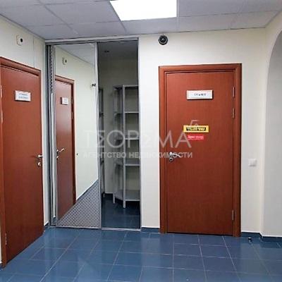 Офис 248,5 кв.м. по адресу ул.М.Карима, 41
