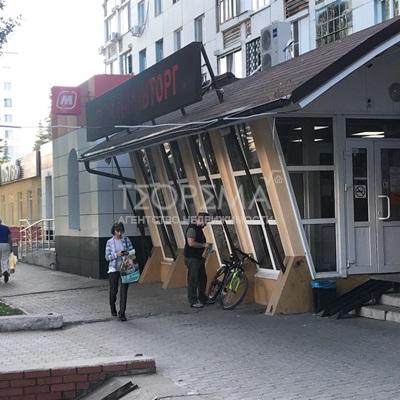 Продажа торговое 65 кв.м. ул. Рихарда Зорге, 35