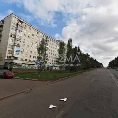 улица Российская, д. 13. Торговое помещение 1373,1м2 (1 эт и цоколь)